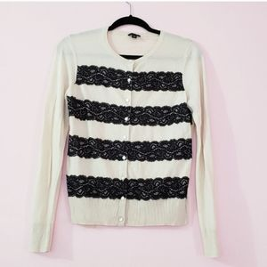 Nwt Ann Taylor lace cardigan sweater buttoned M